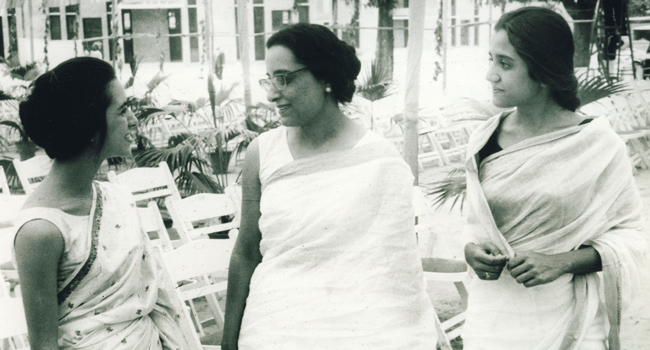 Dilnavaz Sidhwa (on the left) and Harsha Rawal (on the right), 1st batch PGP students (1964-66), with Dr. Kamla Chowdhry, IIMA faculty member, during the first convocation ceremony on 10th April, 1966.