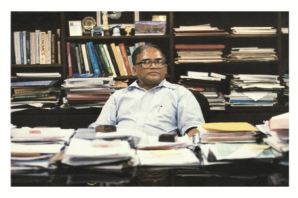 Prof. Jahar Saha