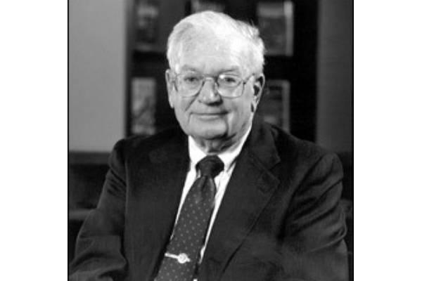 John Dearden (Finance & Accounting)